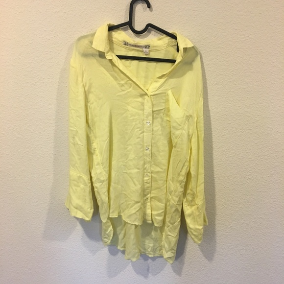 Chelsea & Violet Tops - Chelsea and Violet yellow button down top